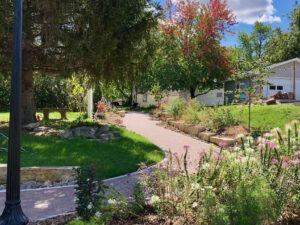 Tuttle Learning Walk by Sunken Garden